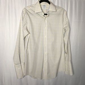 Brooks Brothers medium 15-32 slim fit dress shirt